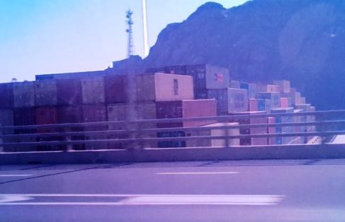 洋山港コンテナ